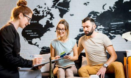 Umowa z klientem i ogólne warunki uczestnictwa