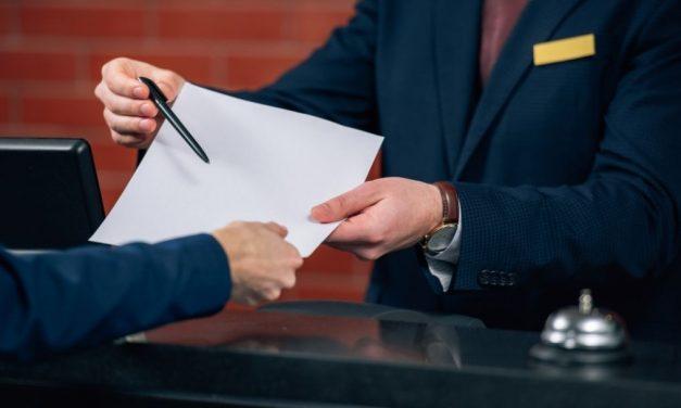 Zabezpieczenie dla organizatora w umowie z hotelem (COVID)